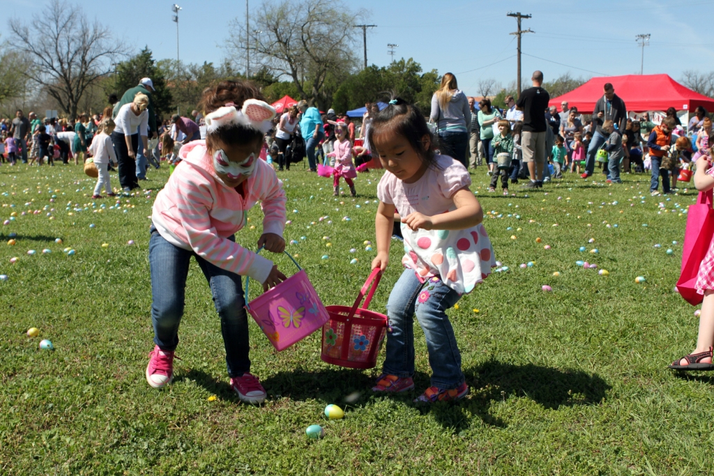 The Fort Sill Easter Egg Hunt drew about 3,000 children and parents April 4, at noon to Butner Field. The annual event was co-sponsored by Family and Morale, Welfare and Recreation and Corvias Military Living with participation from numerous community sponsors.