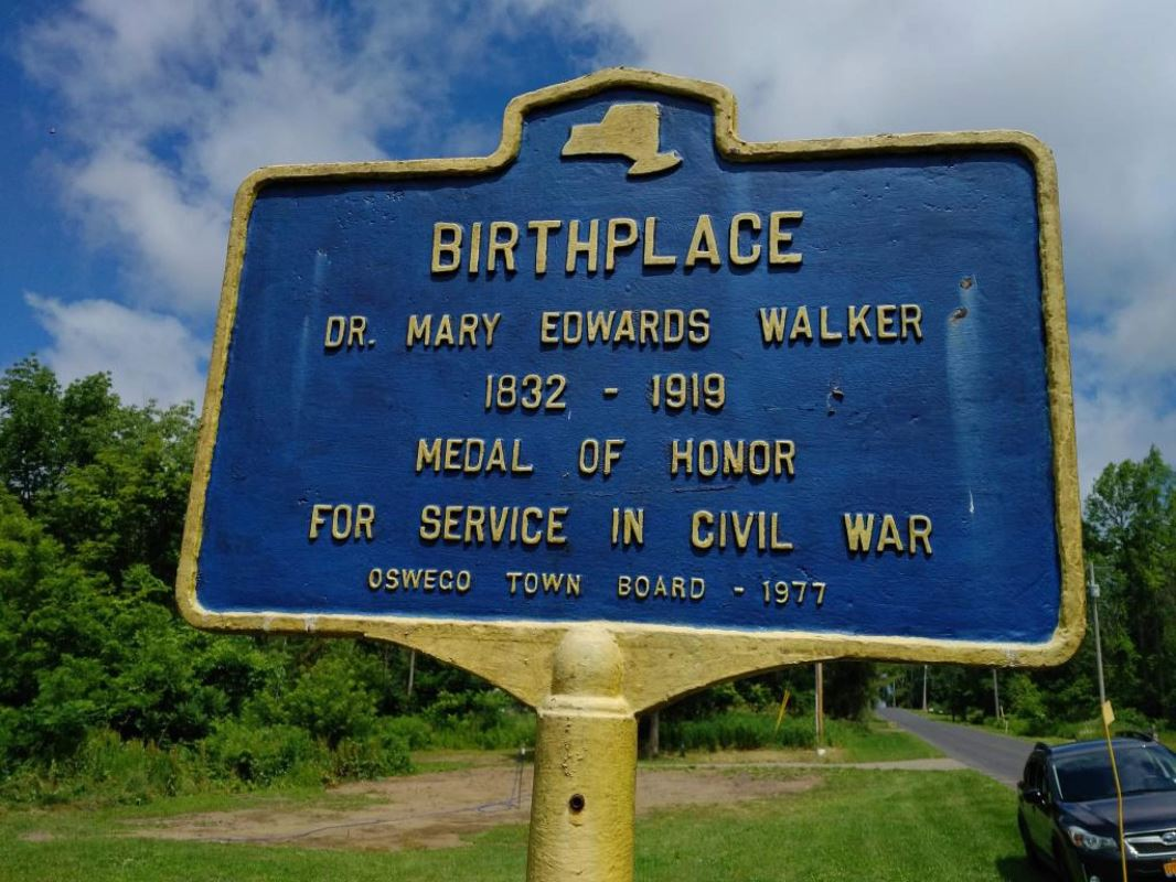 Plaque at the birthplace of Mary Edward Walker in Oswego, New York.