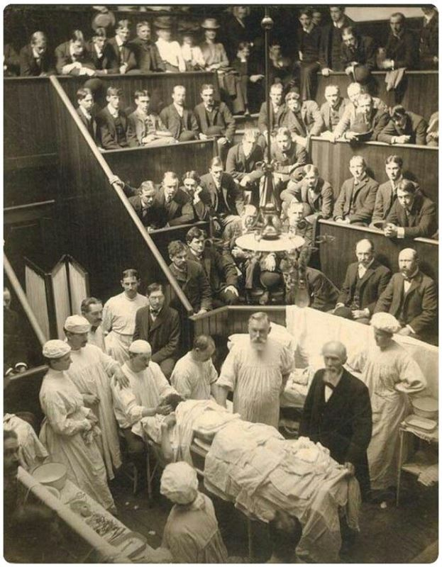 Photograph from a 19th century medical school class.
