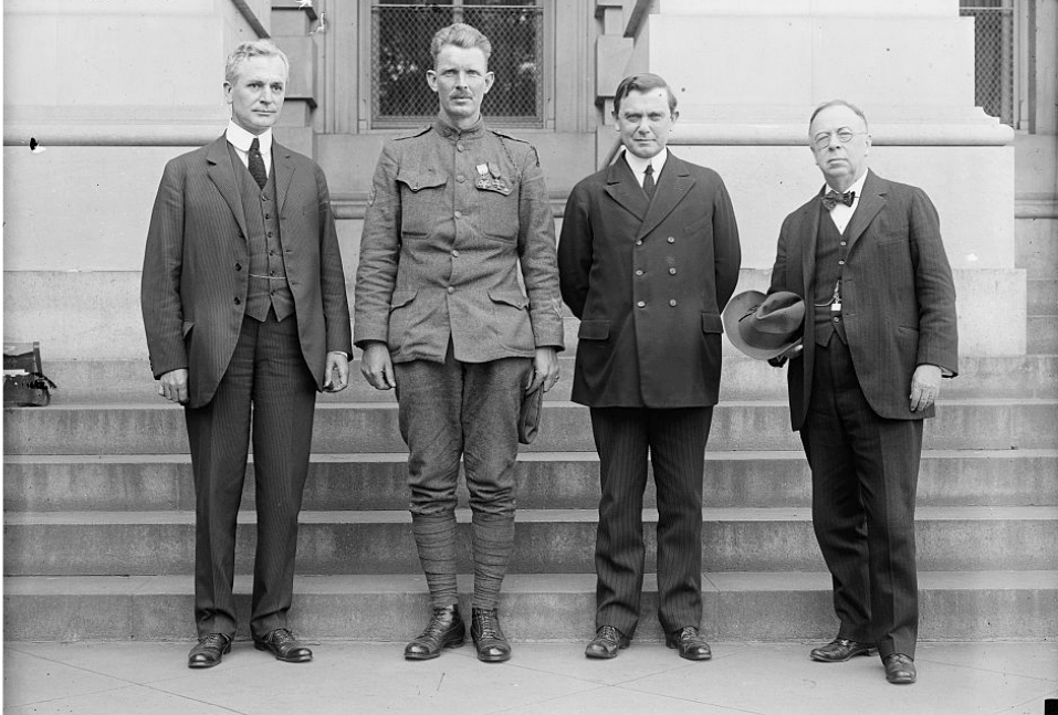 Sergeant York with several members of Congress.