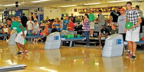Hawaii Navy Bowling