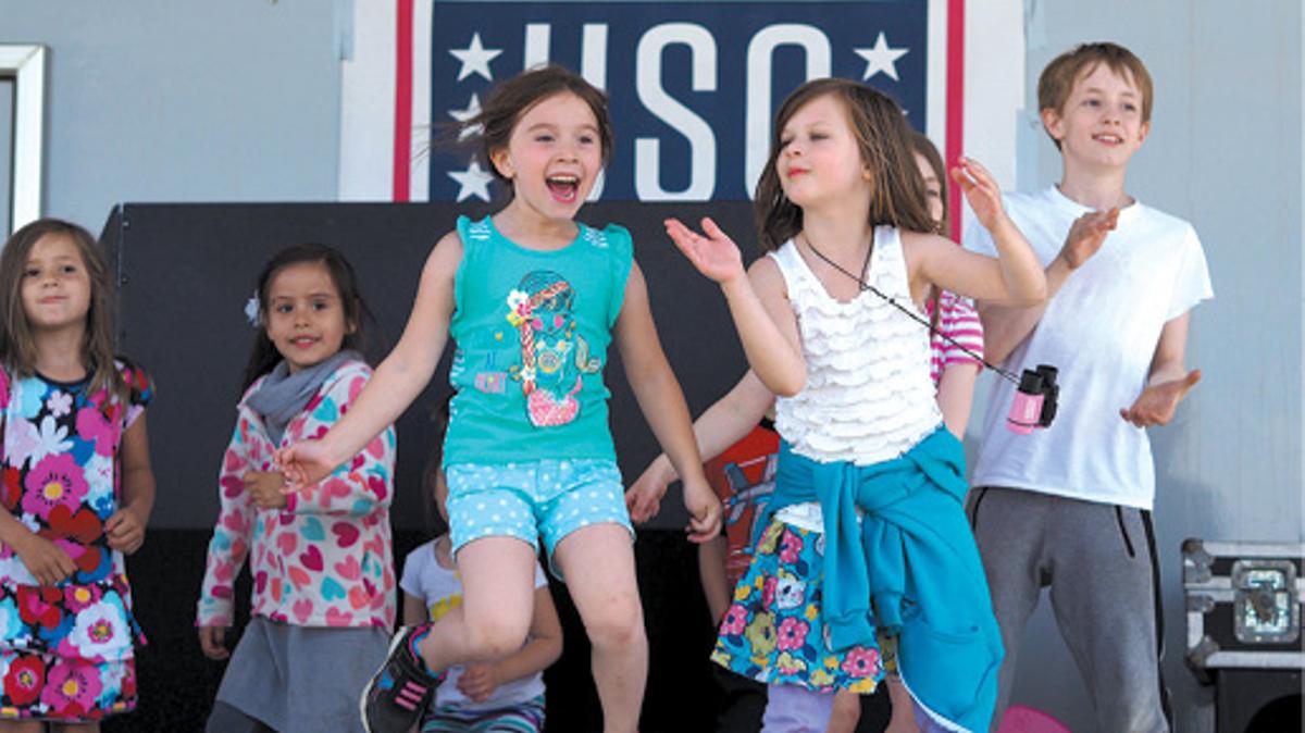 Children having fun at USO event, Joint Base Elmendorf-Richardson, JBER