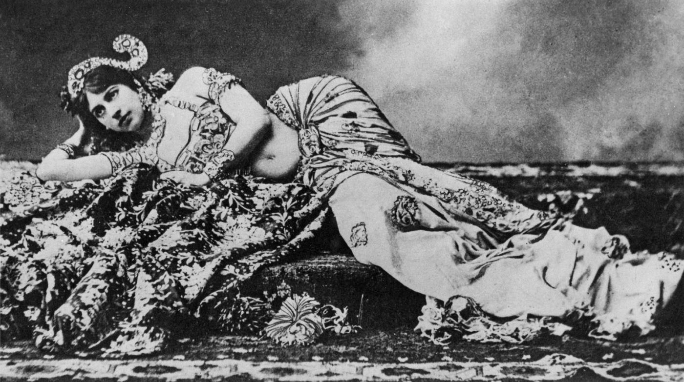 Mata Hari, early in her career, wearing a Javanese-inspired costume.