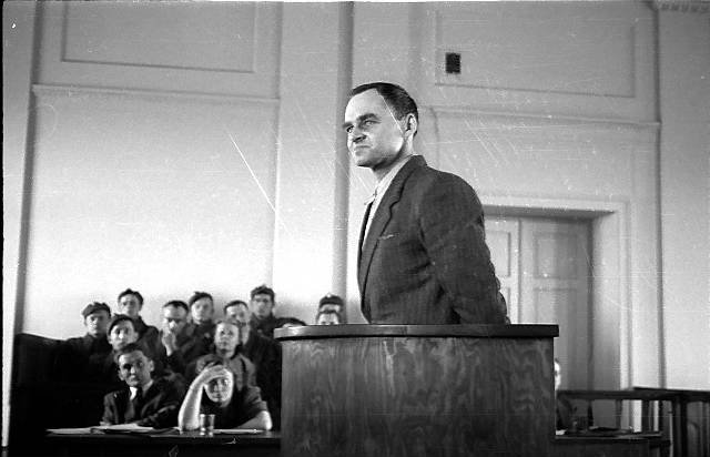 Pilecki at his trial in 1948.