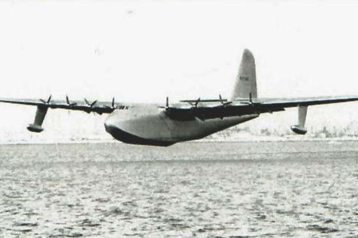 Flight of the Spruce Goose.