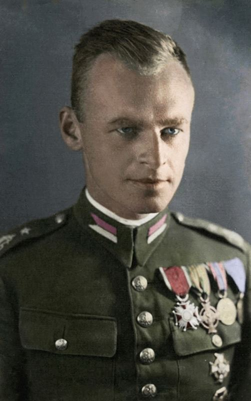 Witold Pilecki in uniform, 1939