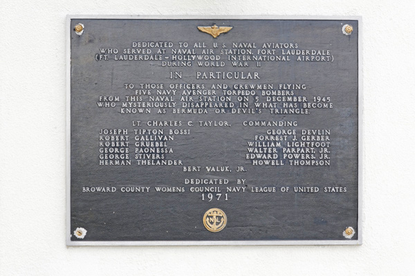 Memorial plaque at Fort Lauderdale–Hollywood International Airport listing the members of Flight 19.