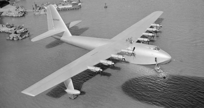 The Hughes H-4 Hercules
